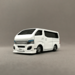 TOMICA No.105 NISSAN NV350キャラバン(ライダー改造)