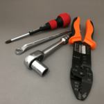 【DIYの基本】最初に揃えておきたい工具